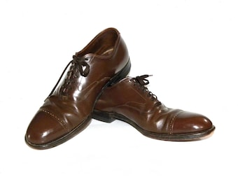 Vintage Brown Leather Cap Toe Oxfords / 70s 80s Classic Business Dress Shoes / Men's size 9