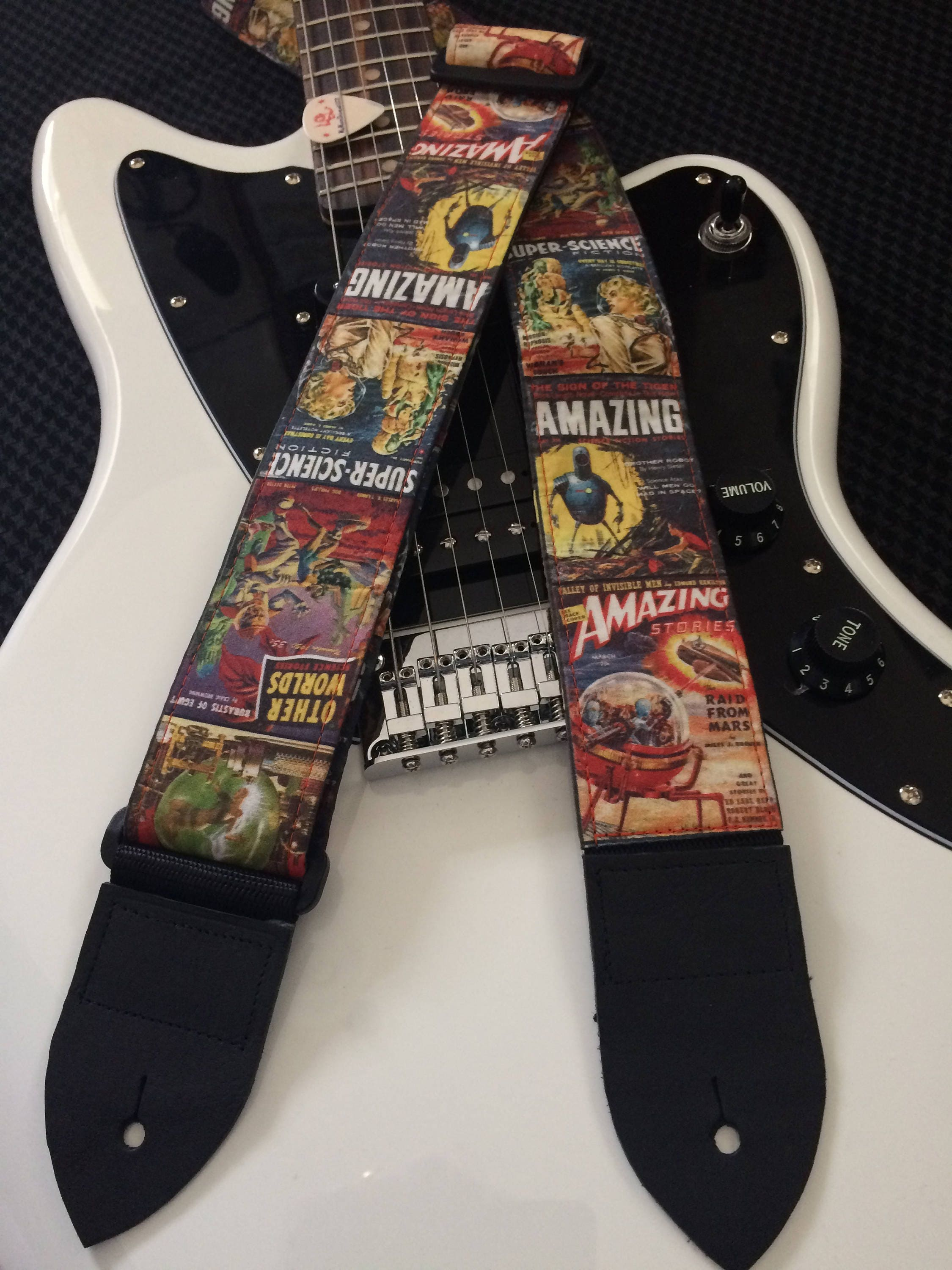 sci fi guitar strap handmade super science fiction vintage magazine and others retro. Black Bedroom Furniture Sets. Home Design Ideas