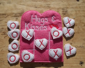 Valentine Tic Tac Toe : Valentine , Tic Tac Toe ,  Game , Hugs , Kisses , Children , Toy