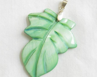 Vintage Carved and Dyed Green Mother of Pearl MOP Leaf Pendant
