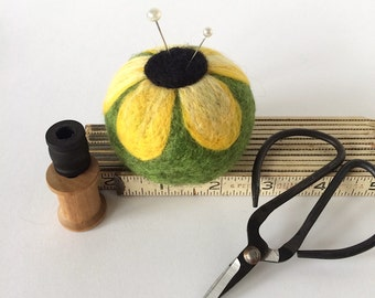 Pincushion mini, felted wool travel pin cushion