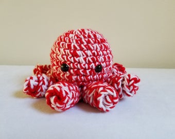 Crochet Octopus Amigurumi,Christmas Decoration, Holiday Gifts,Winter, Candy Cane, Red and White, Octopus Plushie, Stuffed Animal,Cute kawaii