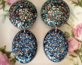 Large Vintage Inspired Confetti Lucite Resin Glitter Drop Earrings - Blue Party Sparkle Mix - DARLING DUSTY