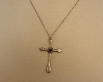 "Vintage Sterling Silver and Onyx Gemstone Cross Pendant on 18"" Professionally Oxidized Box Chain"