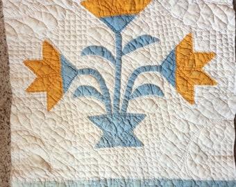 ANTIQUE QUILT BLOCK lily tulip vintage fabric hand made appliqué fab graphic