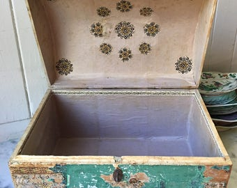 1800s antique French domed wallpaper box, 19th century French wallpaper box
