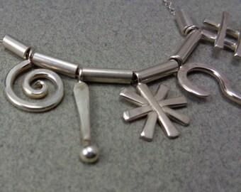 Oberflächliche Halskette: Sterling Silber handgefertigte Charms Cartoon fluchen Schimpfwörter Symbole