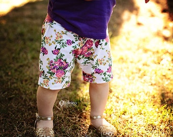 Floral Baby Shorts/ Baby Girl Shorts/ Toddler Shorts/ Baby Shorties/ Baby Girl Clothes/ Newborn Girl/ Baby Gift/ Baby Outfits/ Kids Shorts