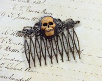 Antique Super Skull Hair Comb