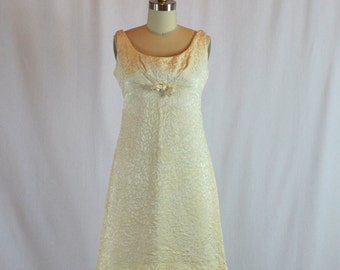 "Vintage 60s Brocade Dress | Ivory Brocade Fitted 28"" Waist"