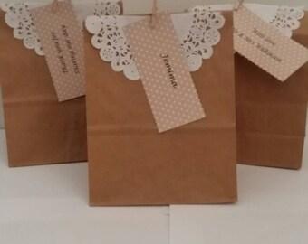 Personalised wedding gift cake bag