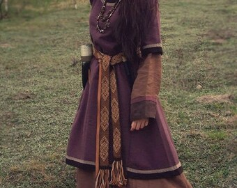 Early medieval woolen dress, tunic, viking costume, reenactment