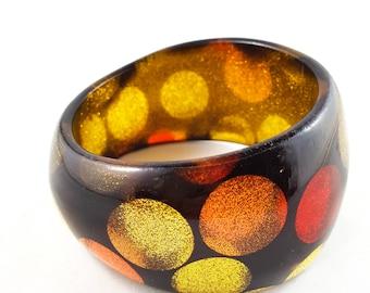 Gorgeous Gold Glitter Dot Lucite Bangle
