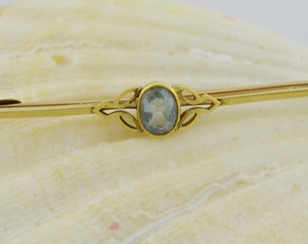 15 Ct Yellow Gold Vintage Aquamarine Gemstone Pin/Brooch