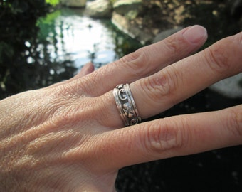 Sterling Silver Spinner Band Ring Size 7