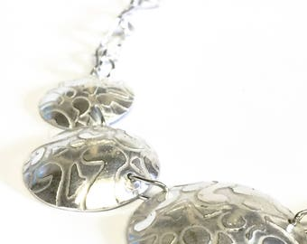 Baroque Pattern Necklace