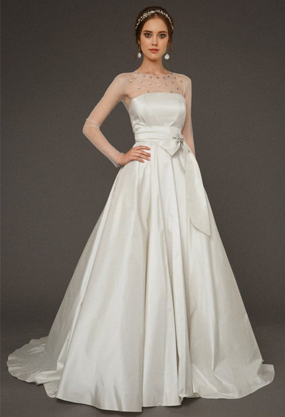 Gaia / Baroque pearls taffeta wedding dress quinceanera