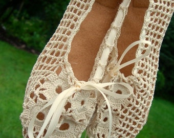 Crochet Ballet Flats: Elegant Handmade Ballet Flats with Suede Soles in Customizable Colors and Sizes