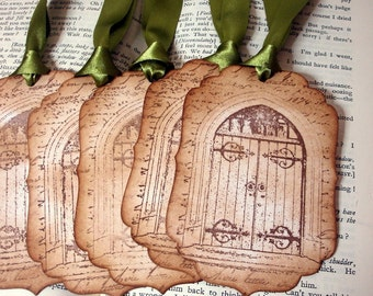 75 x The Secret Garden Tags/ Garden Gate Vintage Style Tags/ Nature Garden Gift Tags/ Skeleton Key Tags/ Ribbon Choices