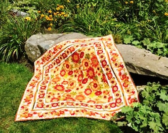 Sunflower Quilt, Sunflower Table Topper, Sunflower Lap Quilt, Autumn Quilted Table Topper, Fall Quilted Table Topper, Autumn Lap Quilt