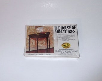 Dollhouse Miniature Side Table The House of Miniatures no 40004 Vintage Kit Sealed