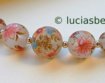 NEW Size Graduated Set Garden Lily on Clear Frost Tensha Beads