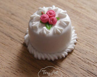 Miniature Cake for dollhouse