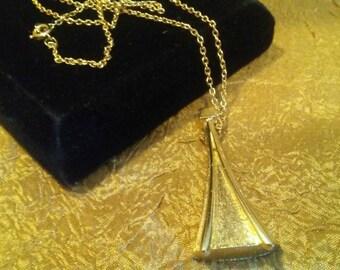 KRAMER Pendant Necklace
