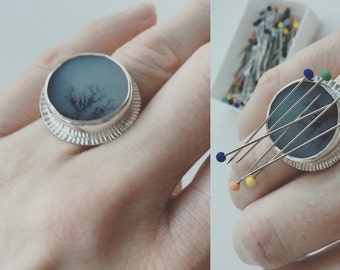 Sewing ring, pincushion ring, needle minder, dendritic agate ring size 7.5 with magnet, sterling silver ring, seamstress gift