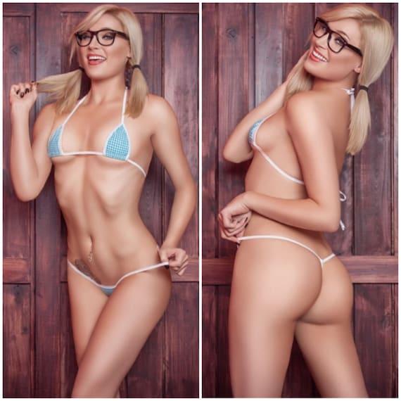 Sexy white girls in thongs
