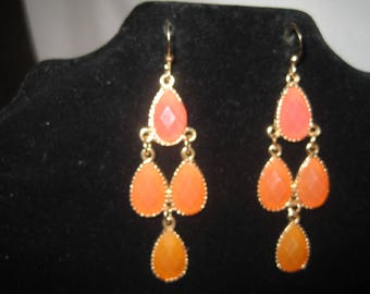 Gold Tone Pink And Orange Dangle Earring