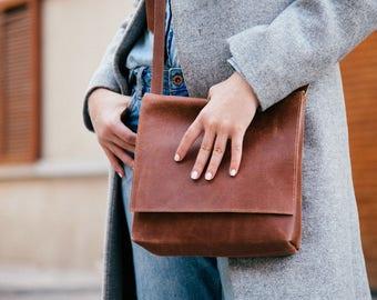 Brown Leather Crossbody Bag, Messenger Bag, Personalized Bag, Small Leather  Bag, Handmade Bag, Leather Messenger Bag, Women Bag