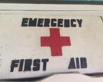 Vintage, First Aid, Emergency, RED CROSS CHEST - 1940s
