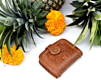 STARDUST. Small wallet / leather bi-fold wallet / bifold leather wallet / leather bifold wallet / boho wallet. Available in other colors