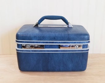 Vintage Samsonite Blue Train Case With Keys Blue Carry On Blue Luggage Blue Traincase Blue Bride's Luggage Make Up Bag Craft Storage