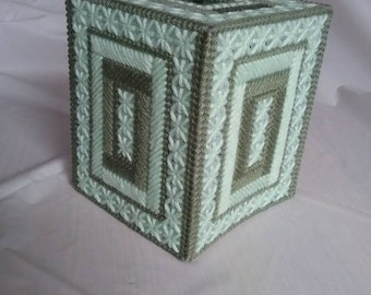 Tissue Box Cover in two-tone green