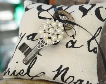 Ring Bearer Pillow with Removable Vintage Skeleton Key