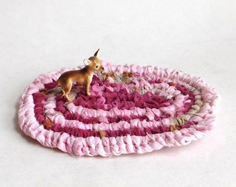Handmade Miniature Amish Knot Toothbrush Rug - Dollhouse Rug Recycled Crochet Rag Rug - 4x6 Inches - Pink and Maroon Tiny Oval Throw Rug