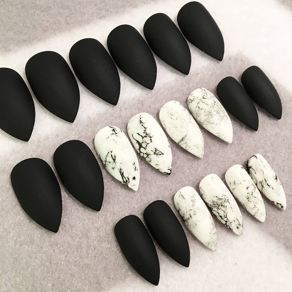 Black And Marble Faux Marble Nails * Fake Nails * Black * Marble ...