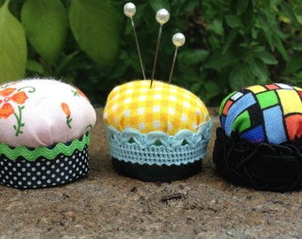 Pincushion Cupcakes