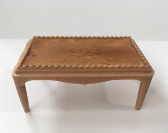 Plasco Tan Coffee Table-Vintage Dollhouse Furniture 1:16