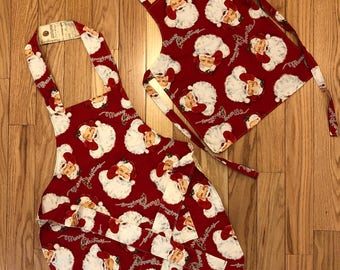 Mommy and me / Santa apron / Thanksgiving on the back / a pocket on the Santa both one price