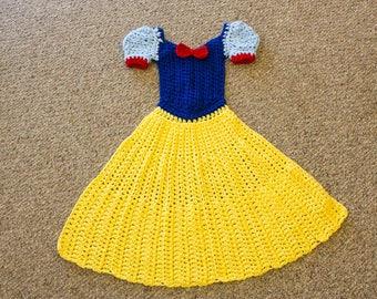 Snow White Blanket - Crochet Princess Dress Blanket - Snow White Inspired Blanket - Crochet Princess Blanket - Wearable Blanket - Lap Throw
