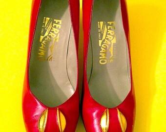 Vintage Ladies Ferragamo Heels - Red Leather & Gold Pendants - Size 7.5