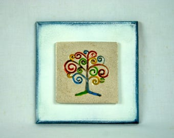 Picture in stoneware tree of colored life with white green small base