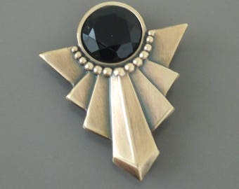 Art Deco Brooch - Vintage Brooch - Brass Brooch - Black Brooch - Art Deco Jewelry - Chloe's Vintage Jewelry - handmade jewelry