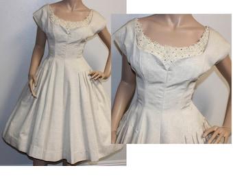 Vintage 1950s silver brocade rhinestone bridal party wedding dress small 235