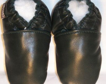 black baby shoes soft sole all leather - black leather moccs - black leather baby shoes - soft soled shoes black
