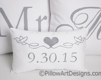 Wedding Pillow Set Mr and Mrs with Mini Date Pillow White Cotton Fully Lined Made in Canada