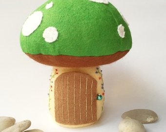 Tooth Fairy Pillow / Tooth Fairy House / Tooth Fairy Door / Tooth Fairy Pouch / Tooth Fairy Box / Tooth Fairy Bag / Fairy Toadstool - Green